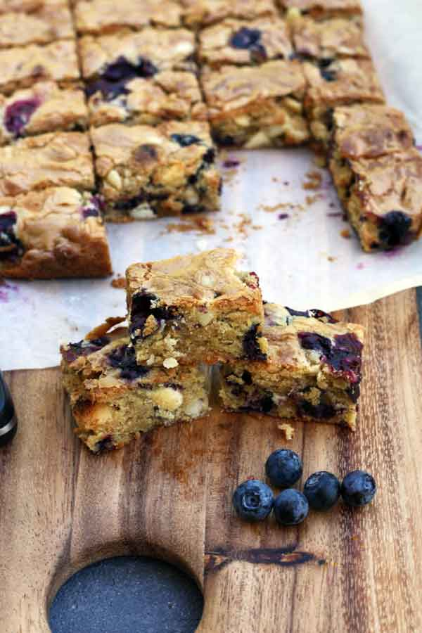 Blueberry, white chocolate & macadamia blondies