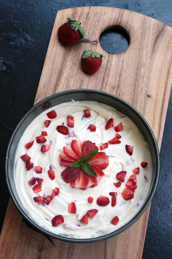 Roasted strawberry & white chocolate 'Valentine's' cheesecake