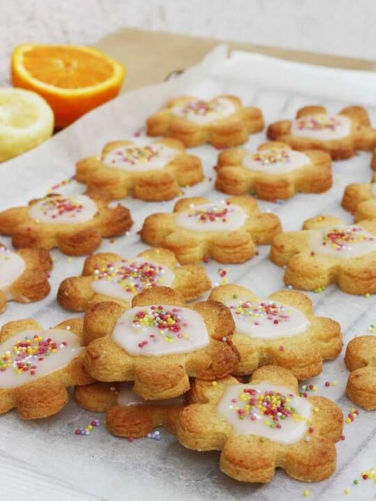 Iced citrus Shrewsbury biscuits from scrummylane.com