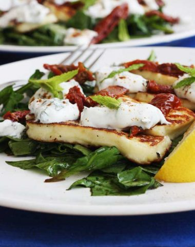 Minty halloumi & sundried tomato salad with honey-balsamic dressing from Scrummy Lane