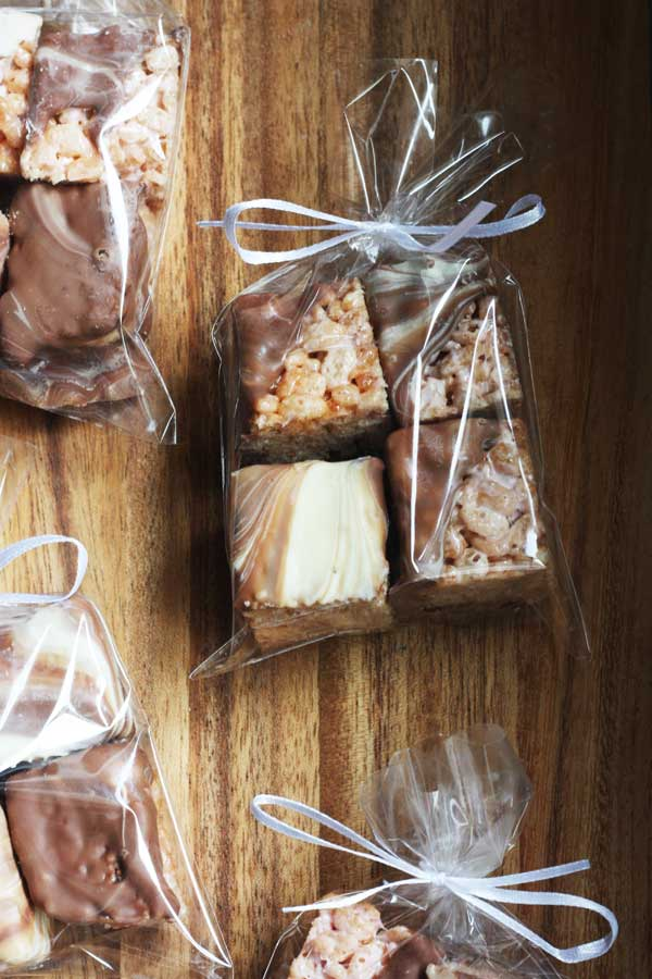 Everyone loves receiving a homemade food gift! Marshmallow & swirly chocolate crispy squares by Scrummy Lane