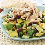 Mango chicken salad with avocado, kidney beans & blue cheese