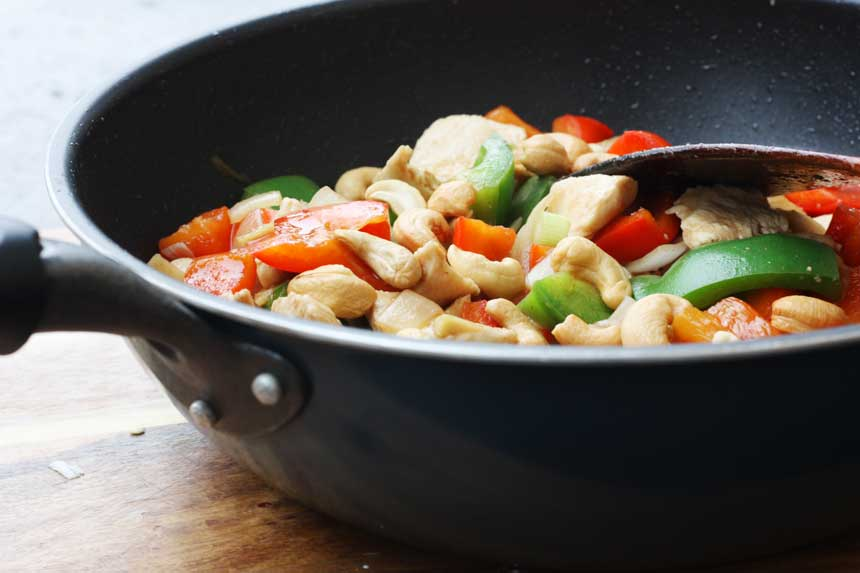 BETTER THAN A TAKEAWAY CHICKEN & CASHEW NUTS BY SCRUMMY LANE