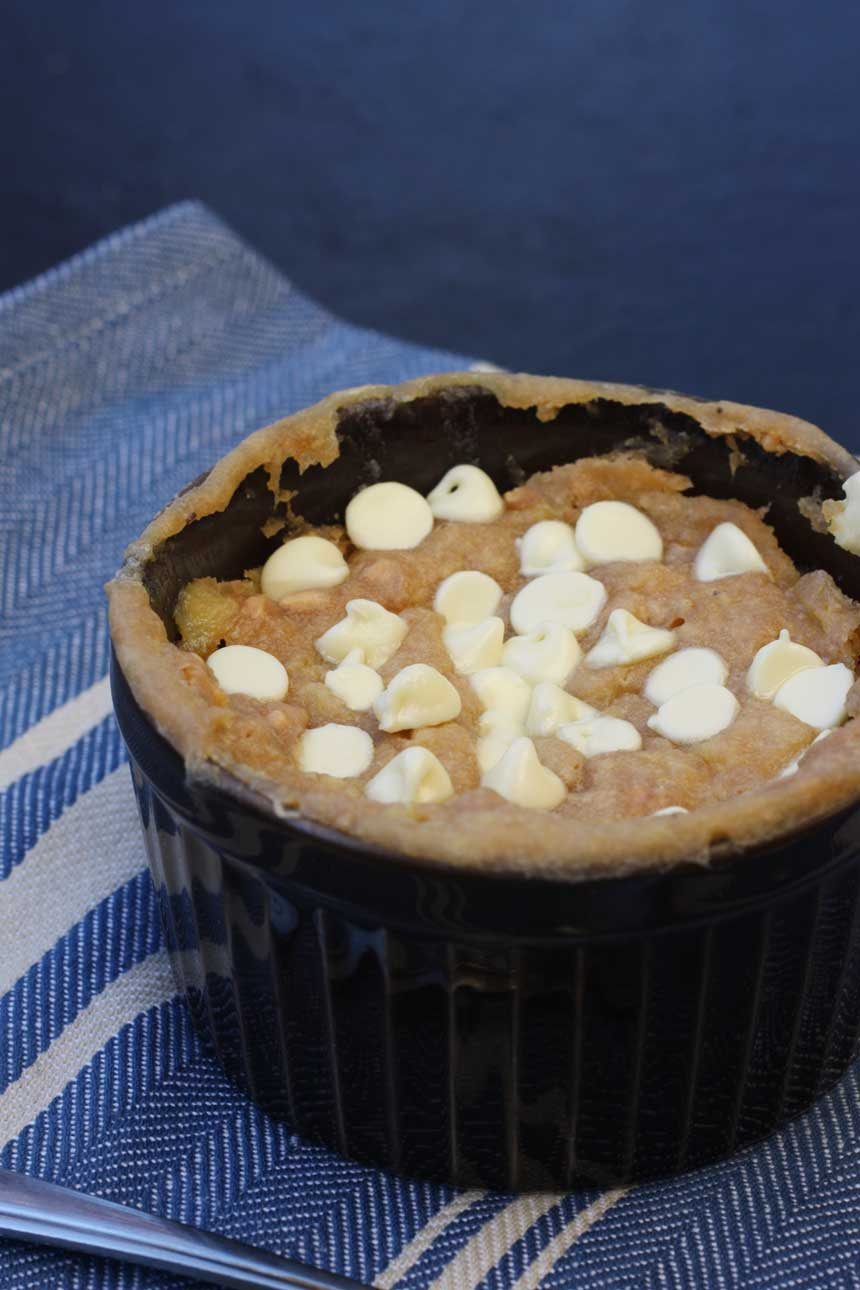 5 minute individual banana & peanut butter pudding - tastes like a cross between banana bread, a peanut butter cookie and a gooey pudding ... mmmm!