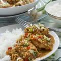 One-pot spicy Thai peanut chicken
