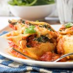 Baked spinach and ricotta pasta shells