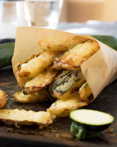 Easy zucchini fries (with light and crispy tempura batter)