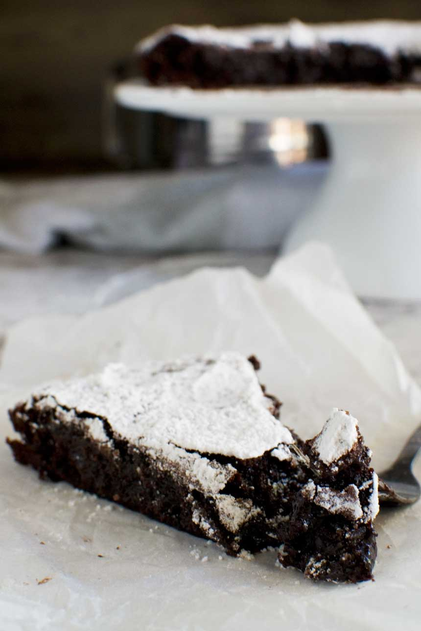 This 6-ingredient Swedish chocolate cake is called Kladdkaka - soooo gooey and delicious!
