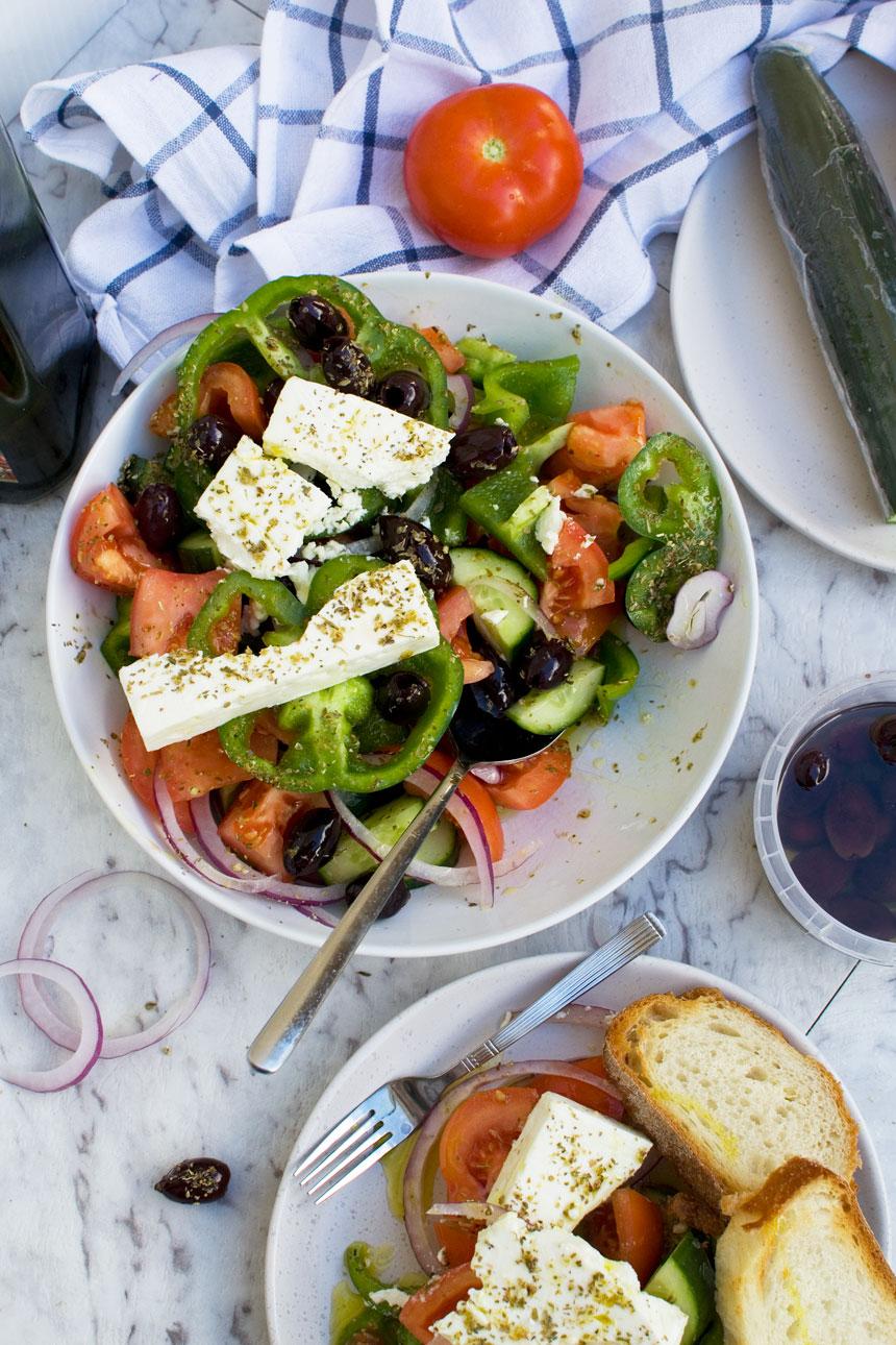 How to make a Greek salad.