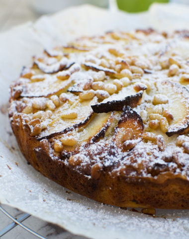 Easy apple cake (torta di mele)
