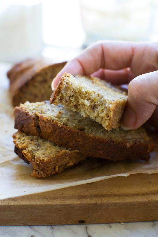 Really easy mini banana bread recipe (oven + air fryer!)