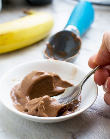 5-minute chocolate banana ice cream