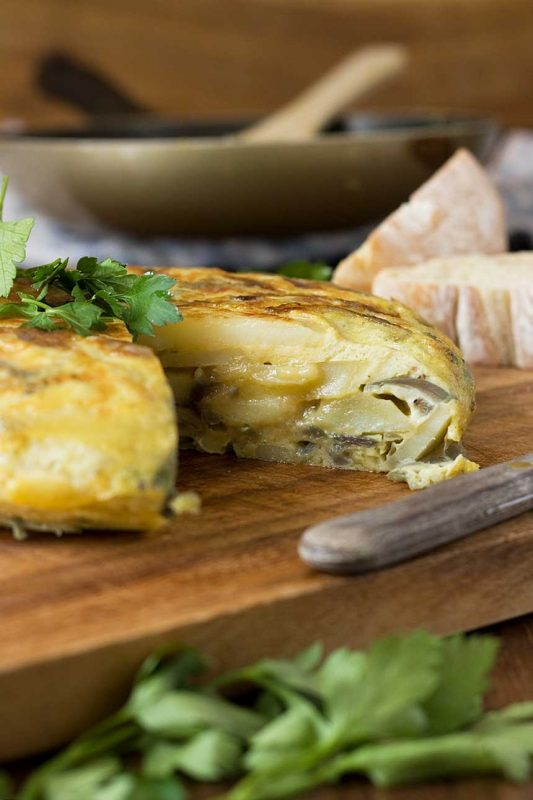 the best Spanish omelette recipe (just 5 ingredients)